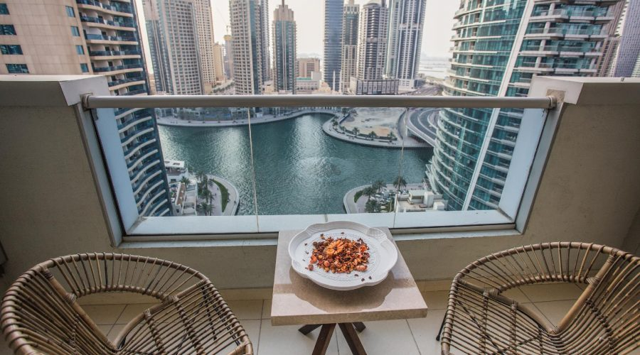 Deluxe Dubai Marina Sea View Apartment